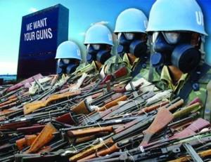 14_UN-Soldier_Guns-300x231